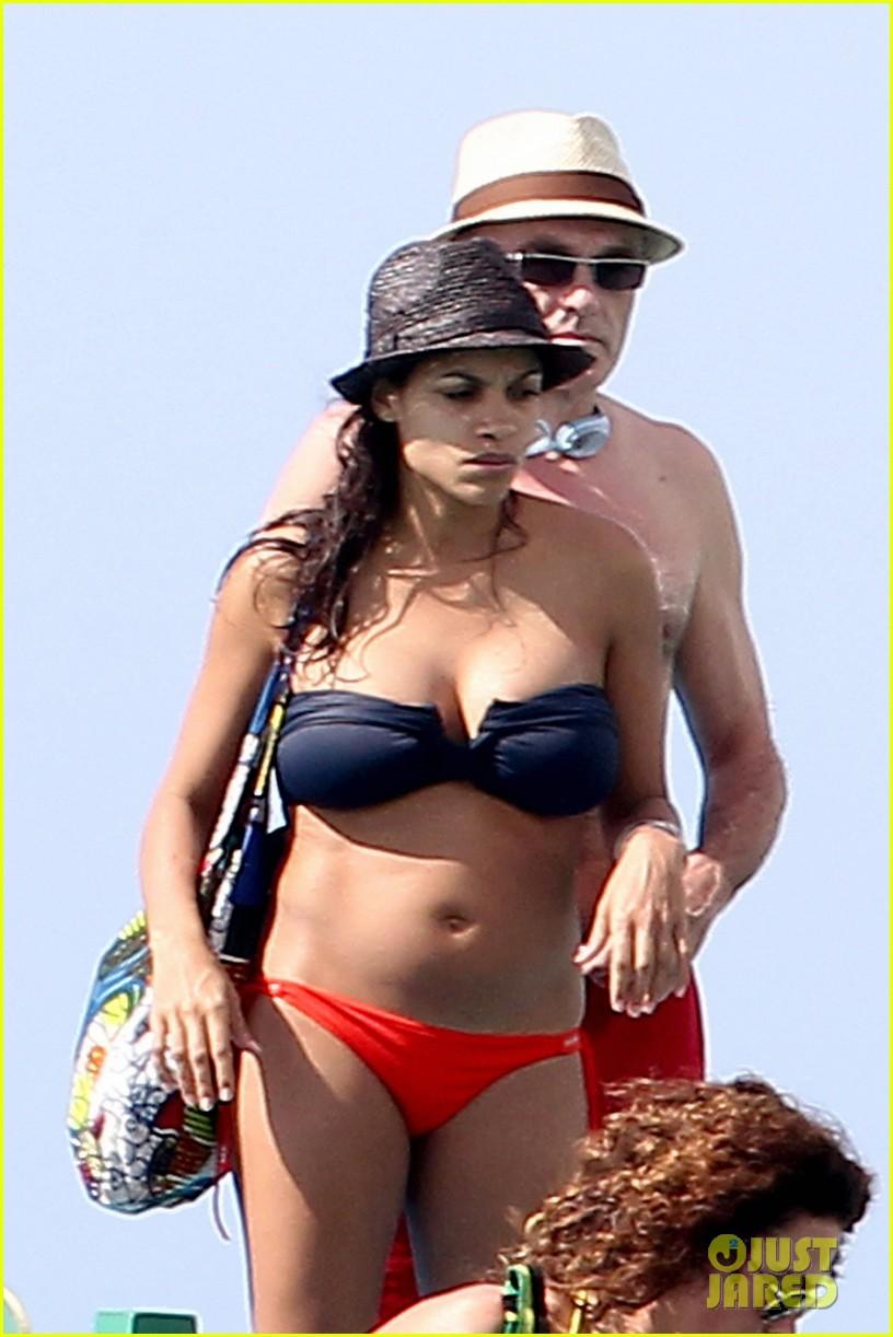 rosario dawson barbados bikini babe with shirtless danny boyle 022786253