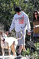 pregnant jenna dewan channing tatum hiking with the dogs 10