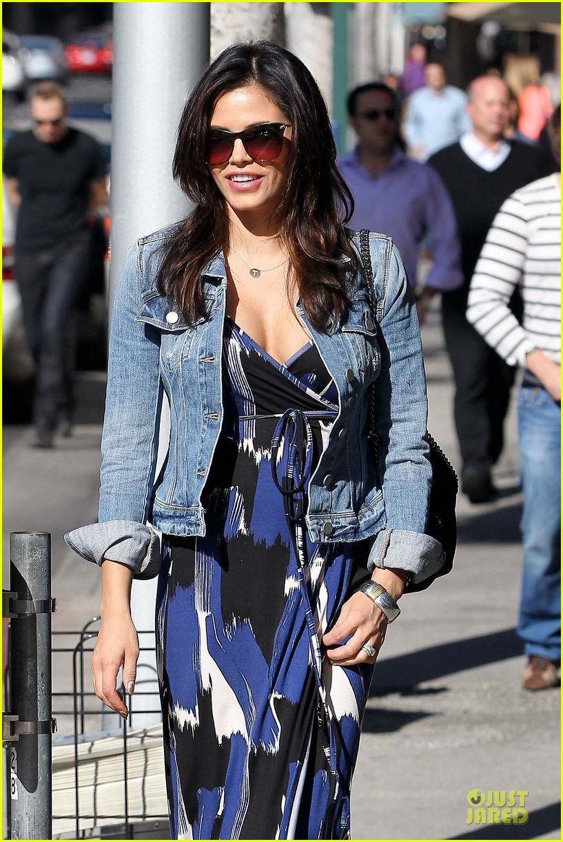 jenna dewan lunchtime in beverly hills is not good for my hormones 092794442