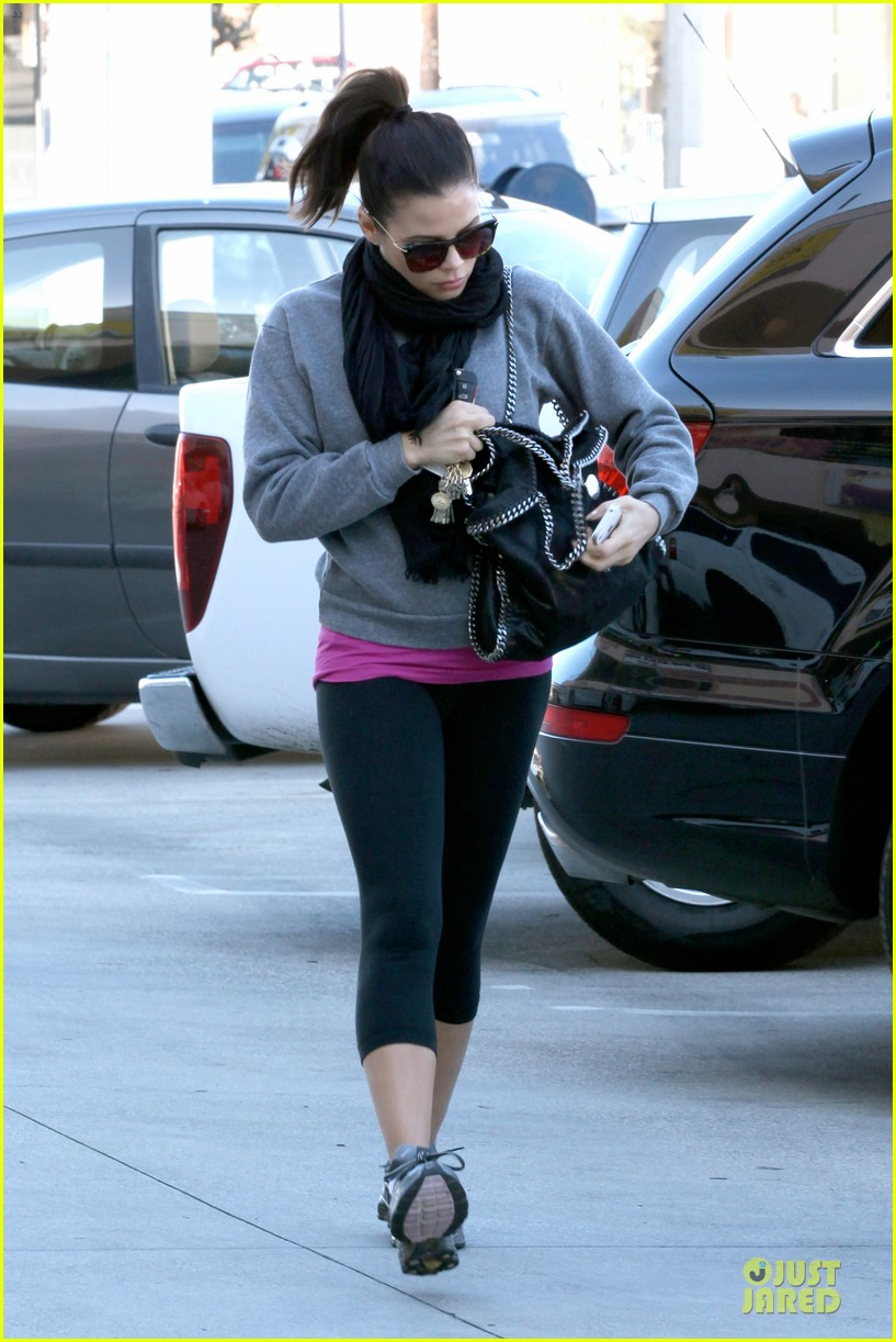 jenna dewan lunchtime in beverly hills is not good for my hormones 172794450