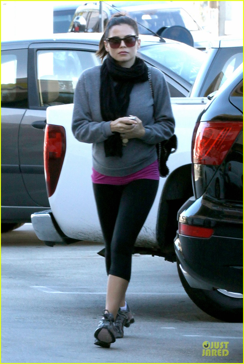 jenna dewan lunchtime in beverly hills is not good for my hormones 182794451