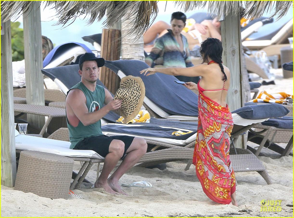 pregnant jenna dewan & channing tatum st barts kissing pair 122783242