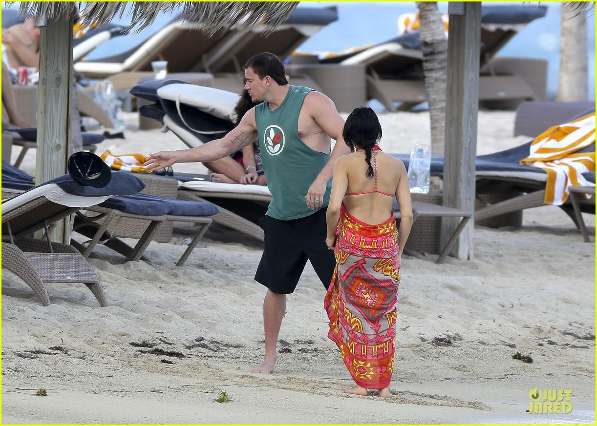 pregnant jenna dewan & channing tatum st barts kissing pair 172783247