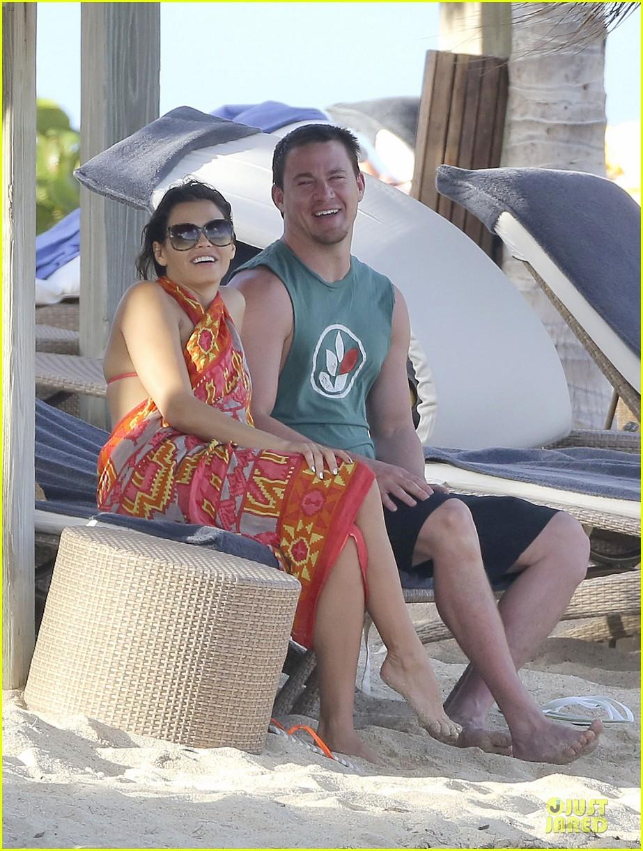 pregnant jenna dewan & channing tatum st barts kissing pair 222783252