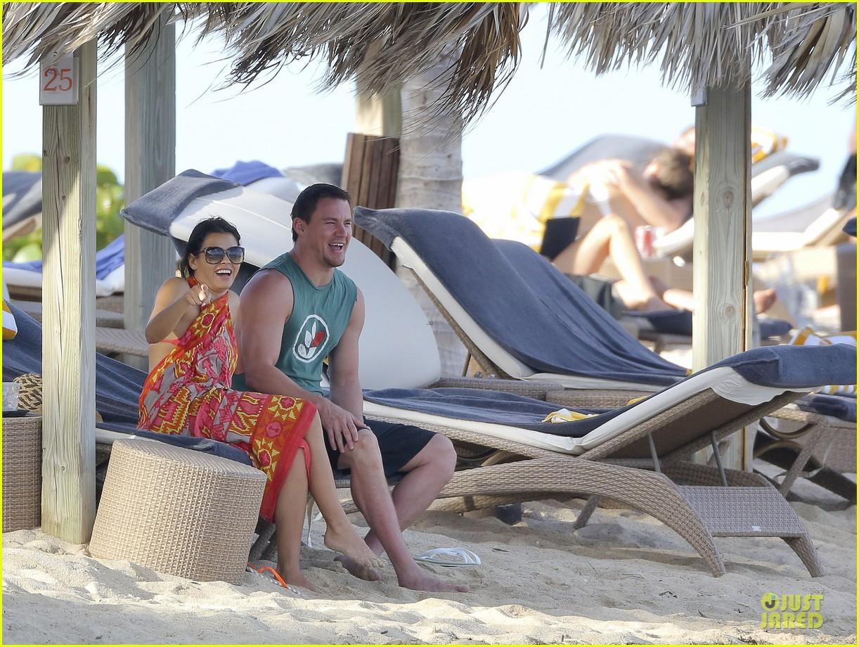 pregnant jenna dewan & channing tatum st barts kissing pair 262783256