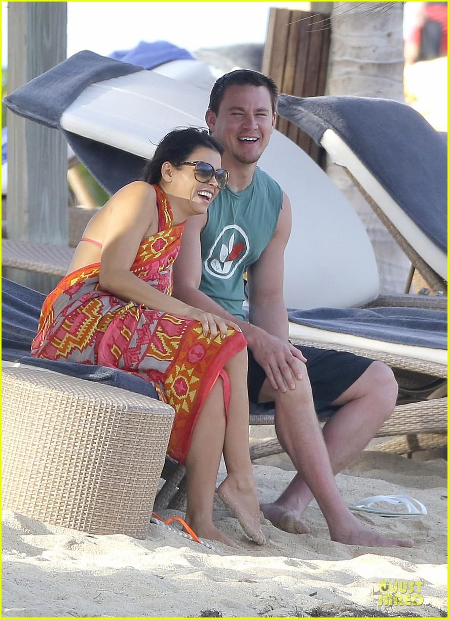 pregnant jenna dewan & channing tatum st barts kissing pair 272783257