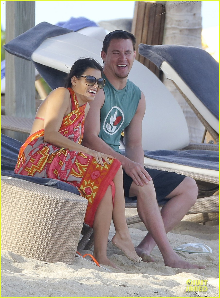 pregnant jenna dewan & channing tatum st barts kissing pair 302783260