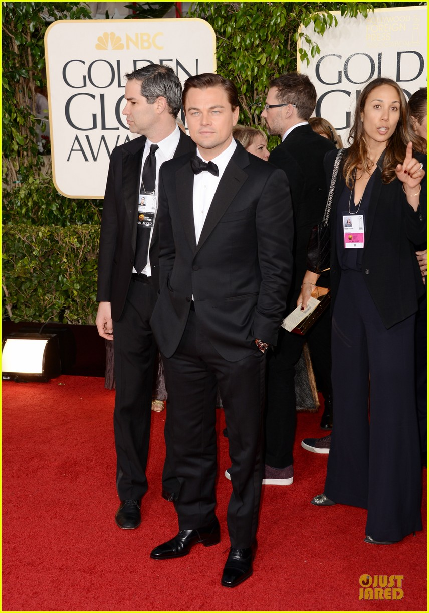 leonardo dicaprio kerry washington golden globes 2013 red carpet 05