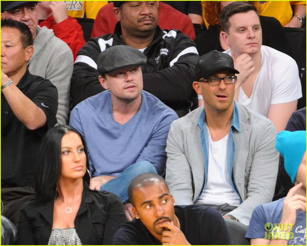 leonardo dicaprio lakers game night 022794085