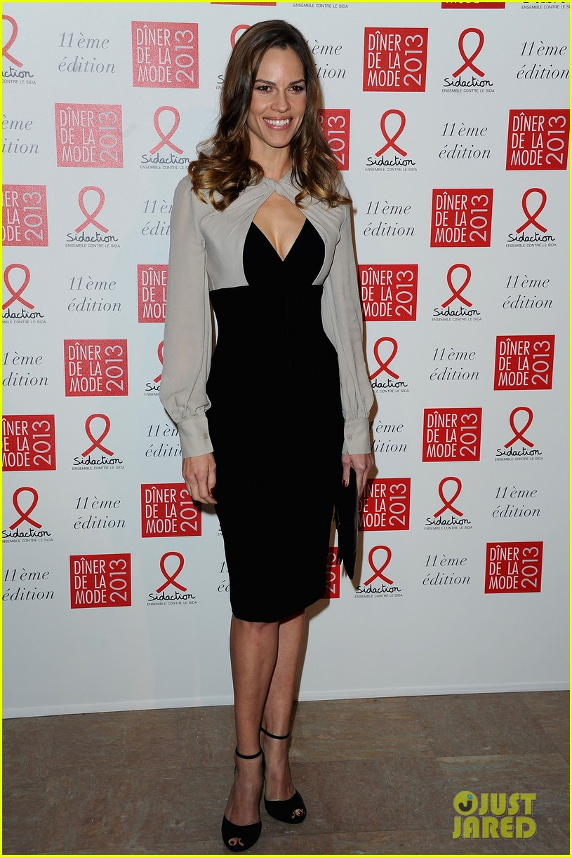 dita von teese hilary swank sidaction gala dinner 01