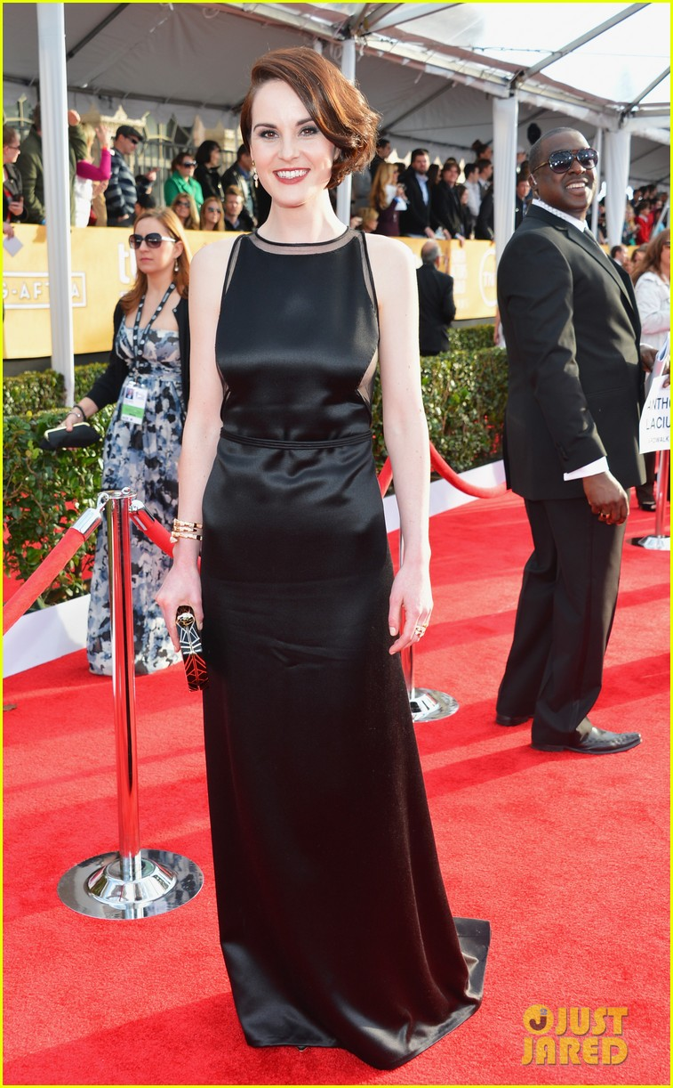 michelle dockery sag awards 2013 red carpet 012799633