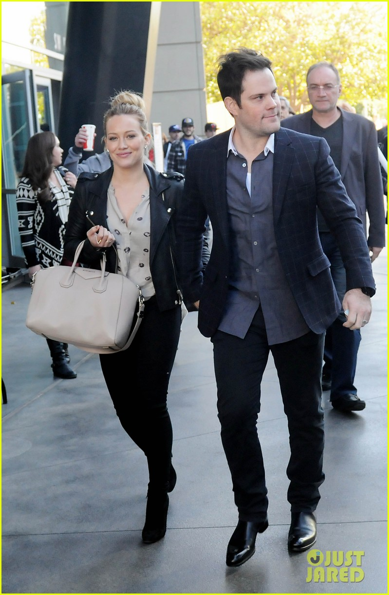 hilary duff mike comrie kings stanley cup celebration 012795913