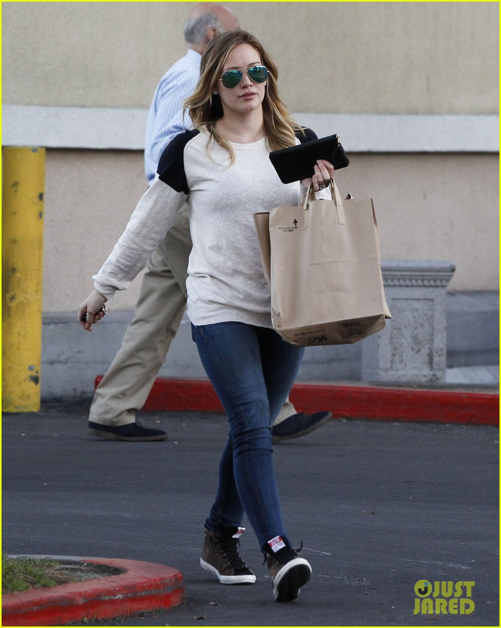 hilary duff mike comrie kings stanley cup celebration 032795915