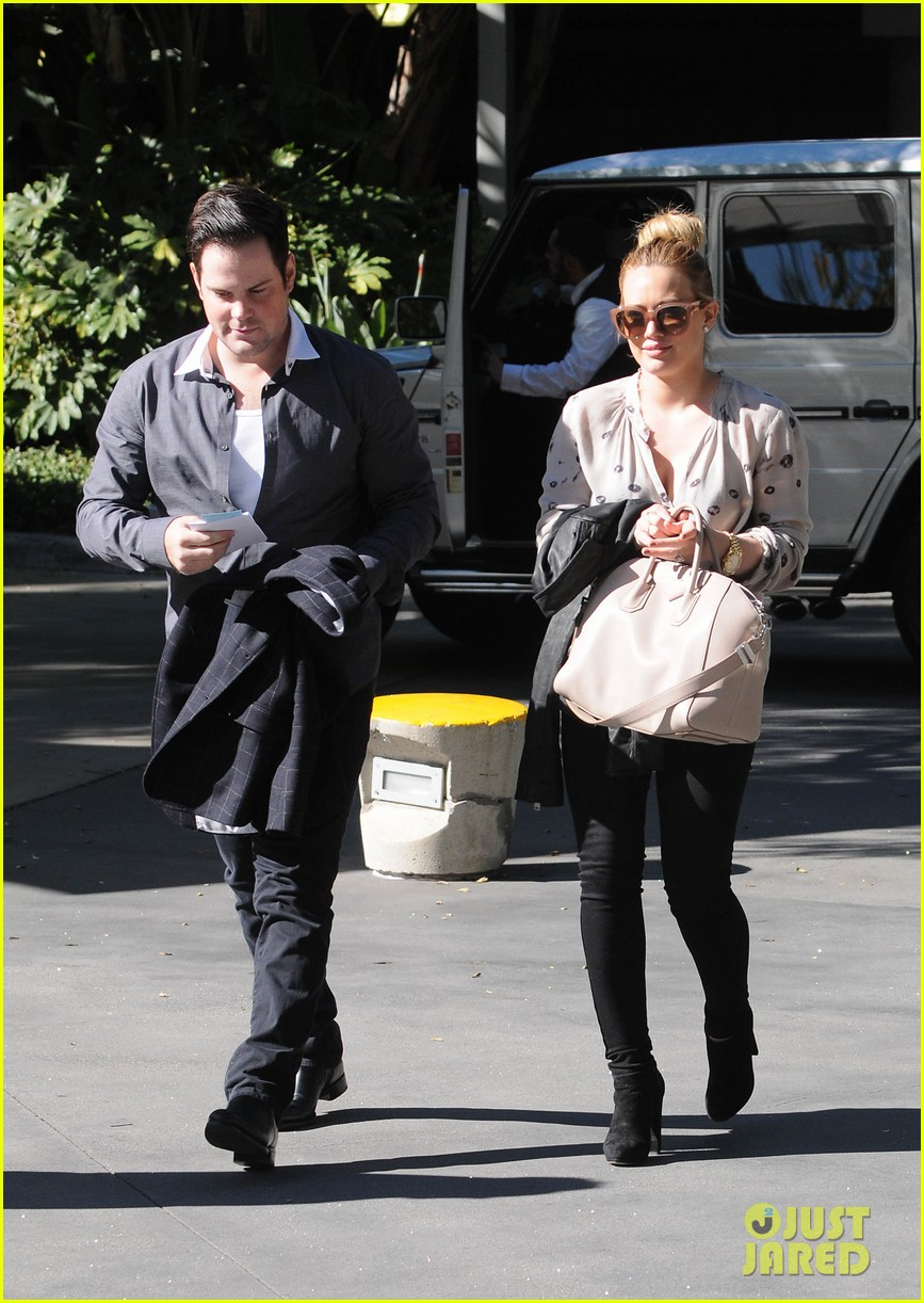 hilary duff mike comrie kings stanley cup celebration 152795927