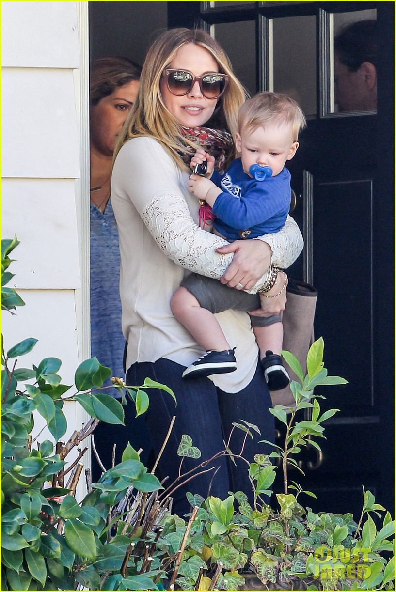 hilary duff mike comrie lakers lovers 022794043