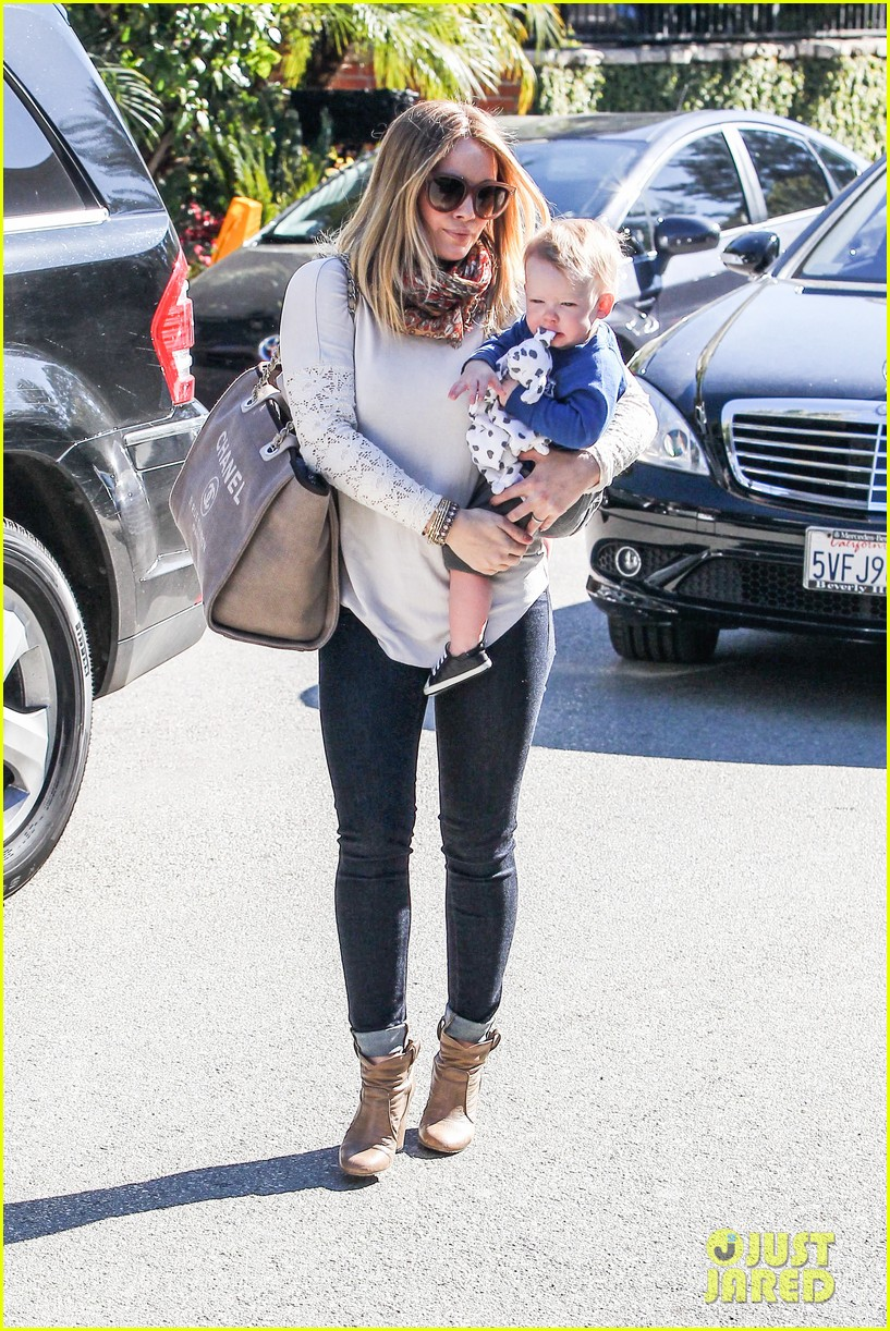 hilary duff mike comrie lakers lovers 08