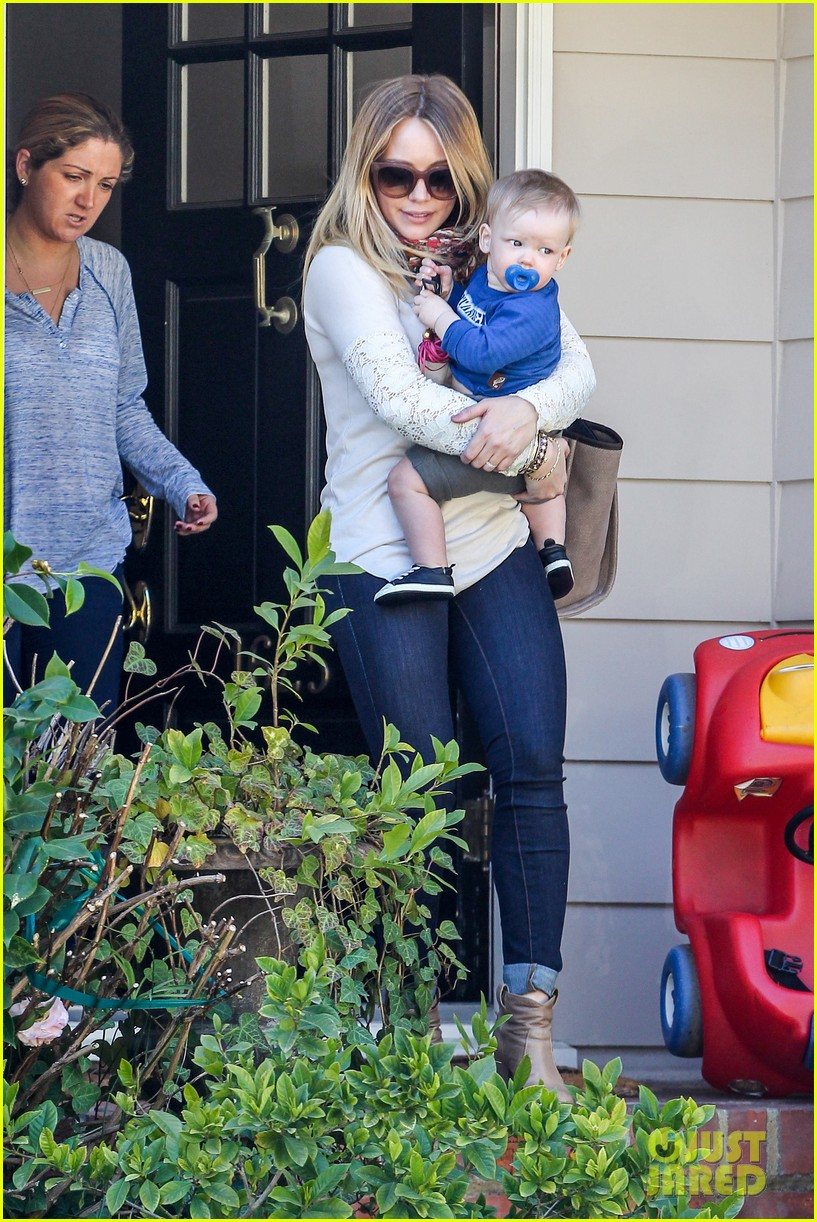 hilary duff mike comrie lakers lovers 152794056