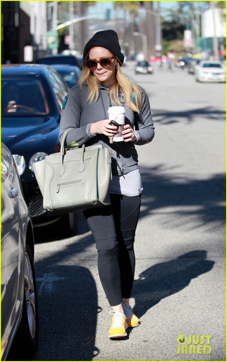 hilary duff mike comrie lakers lovers 172794058