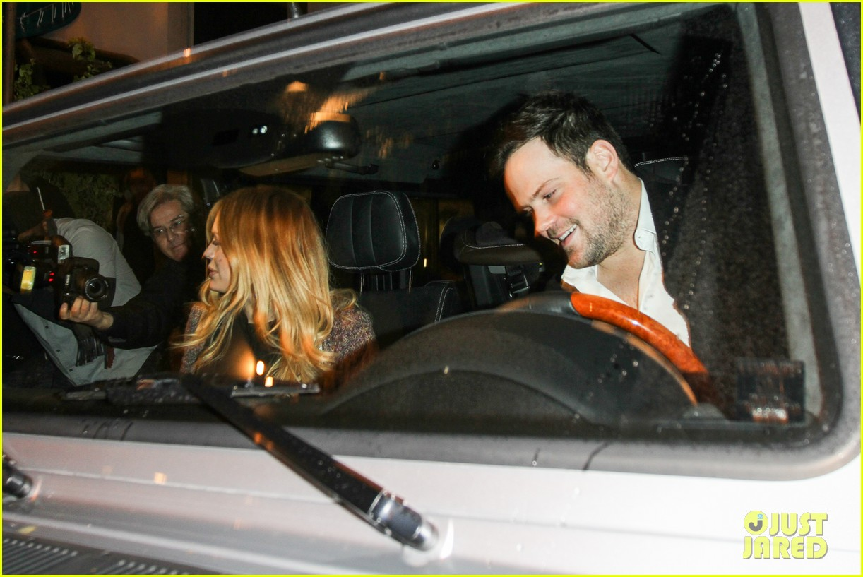 hilary duff mike comrie madeo dinner couple 132799530