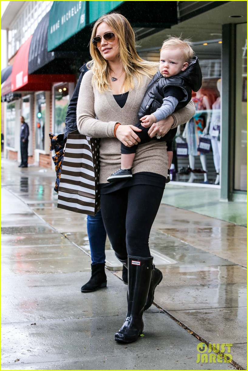 hilary duff you deserve a massage 14