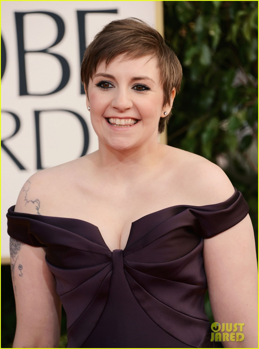 lena dunham girls wins best comedy series at golden globes 2013 082791347
