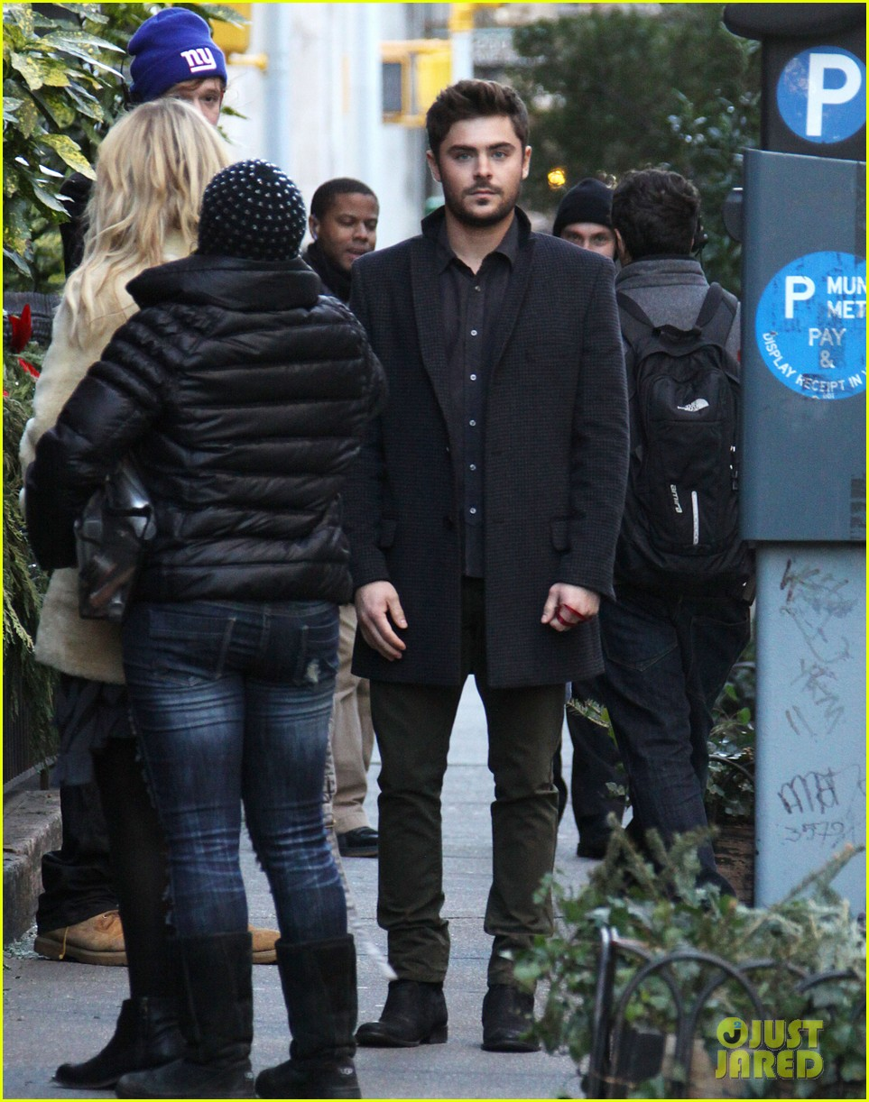 zac efron imogen poots kiss kiss for dating 222786742