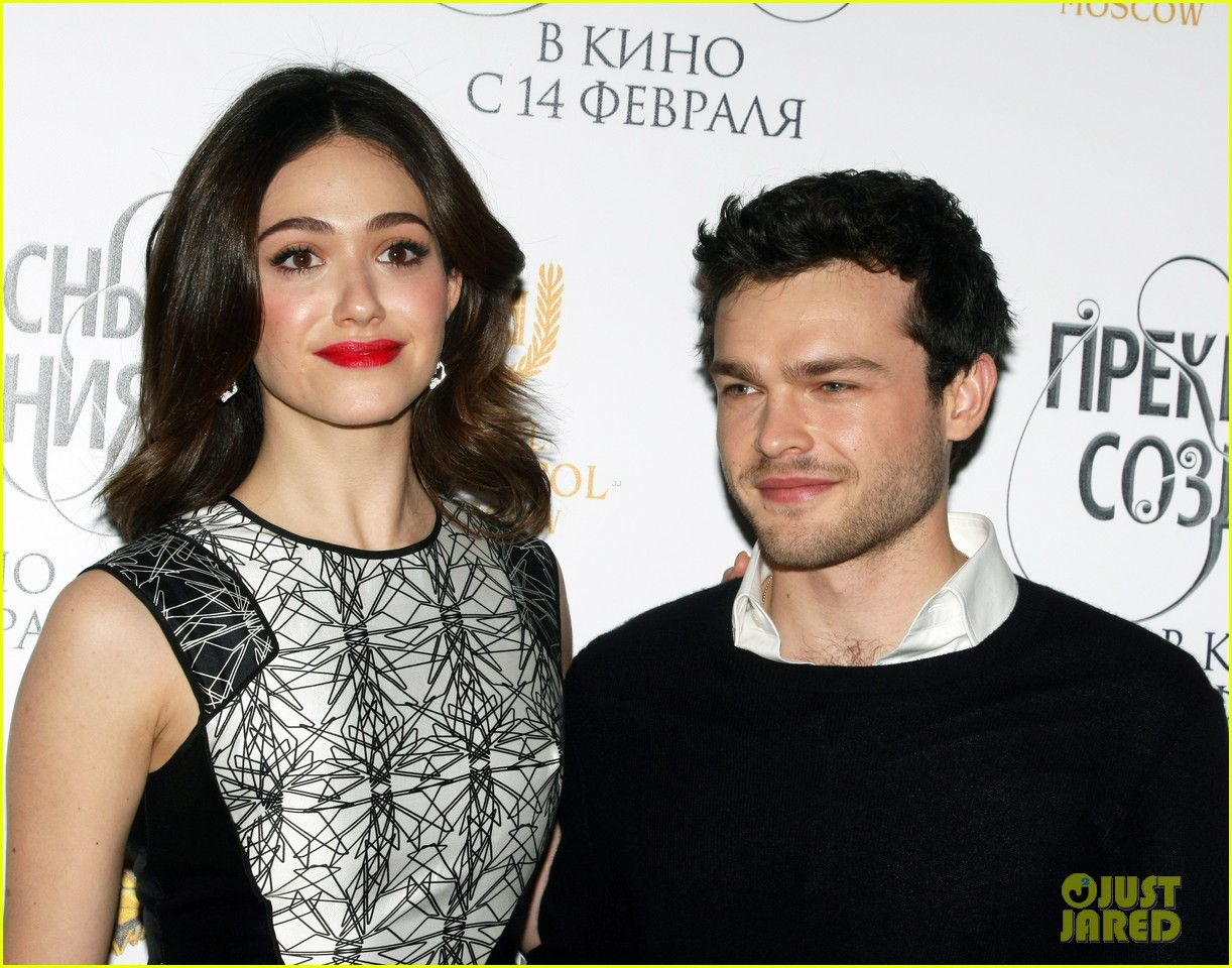 emmy rossum beautiful creatures moscow premiere with alden ehrenreich 032796062