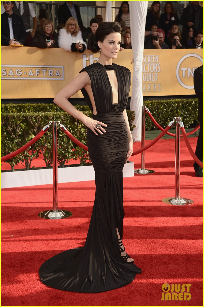 jaimie alexander sag awards 2013 red carpet 012799611