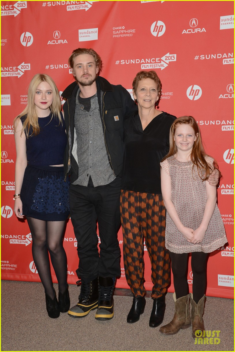 dakota fanning very good girls sundance premiere 012797006