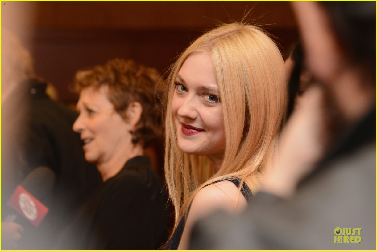 dakota fanning very good girls sundance premiere 12