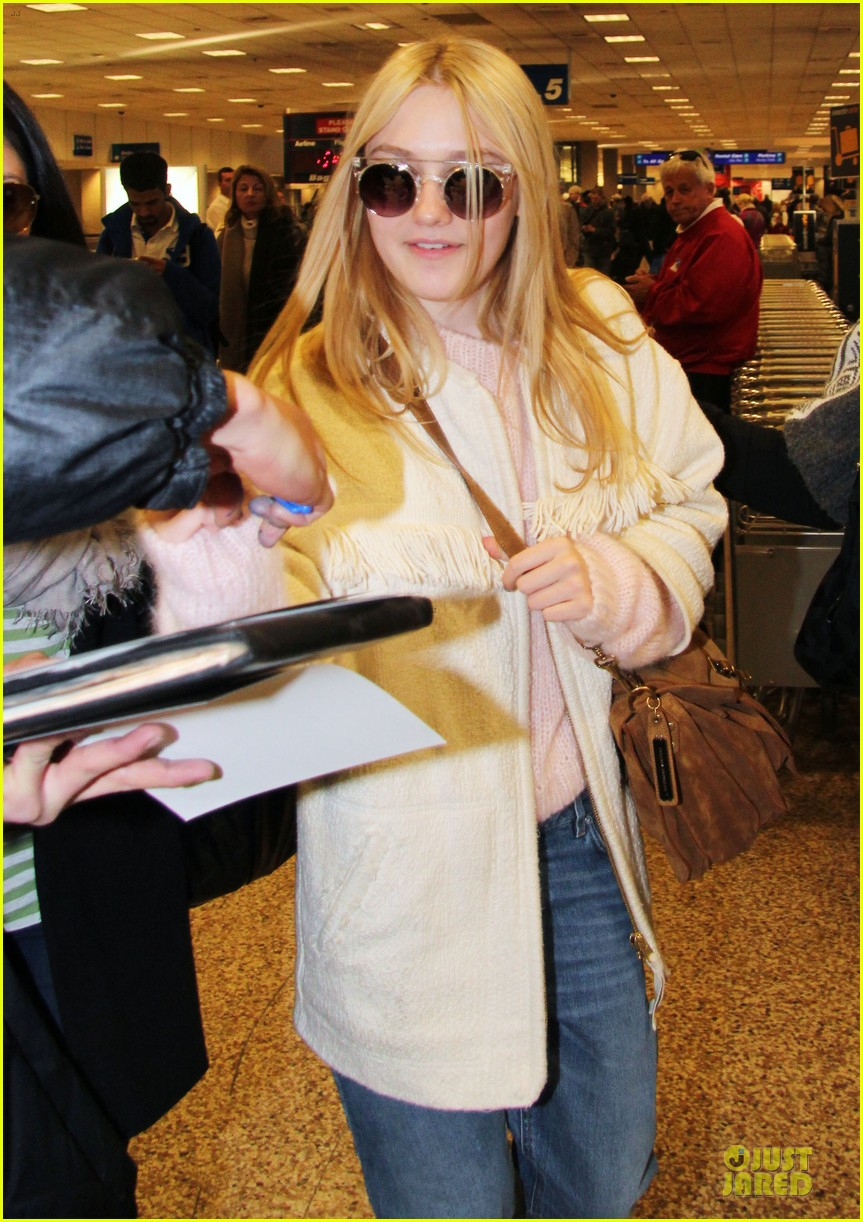 dakota fanning very good girls sundance premiere 24