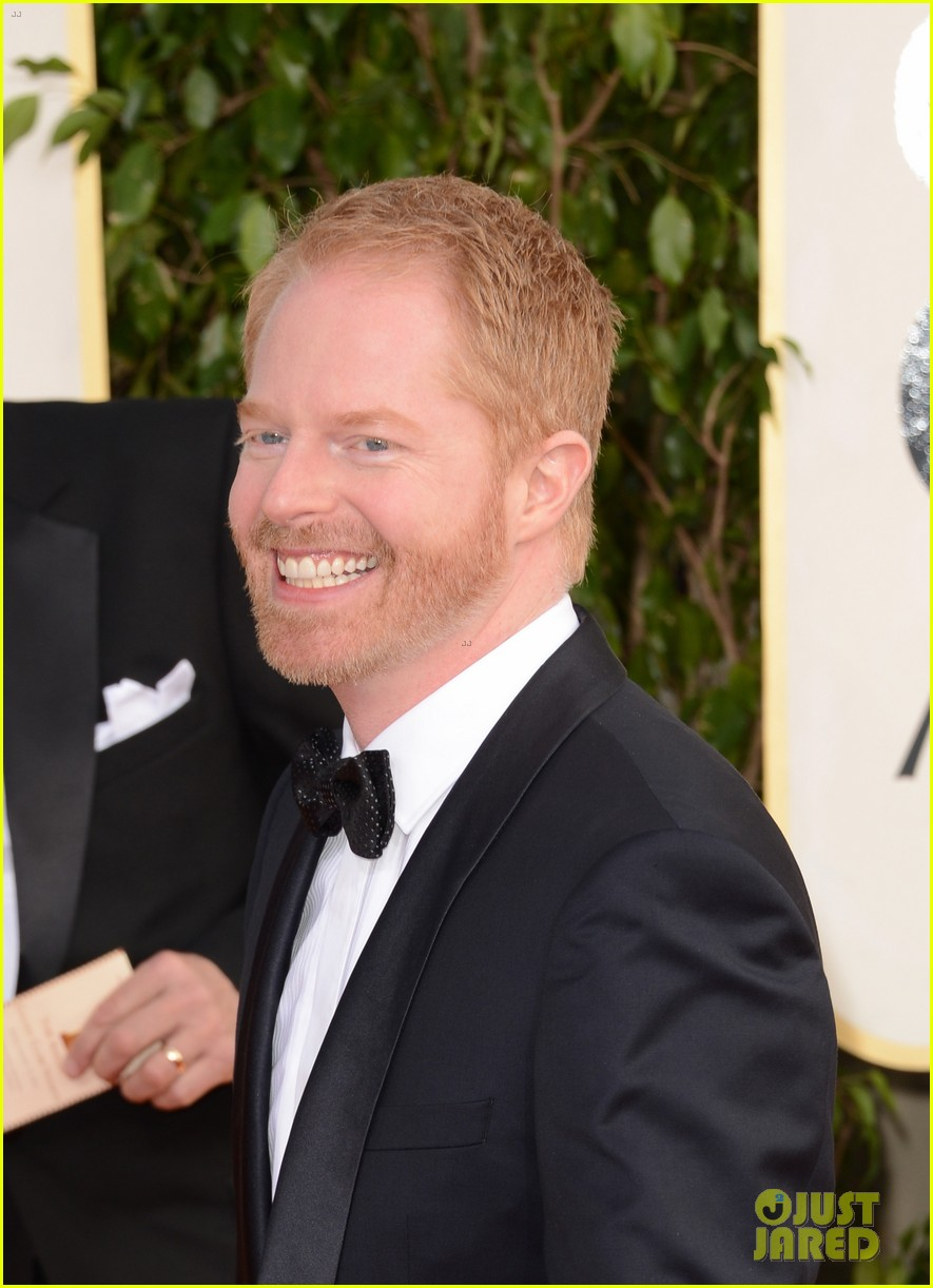 jesse tyler ferguson golden globes 2013 red carpet 17