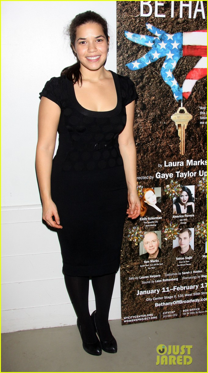 america ferrera amber tamblyn bethany after premiere party 012796086