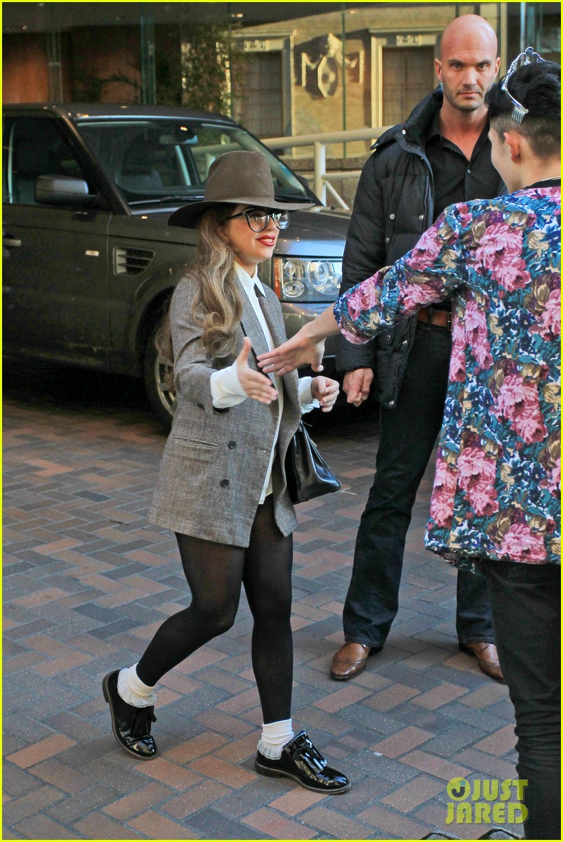 lady gaga steps out after kelly osbourne feud 132788820