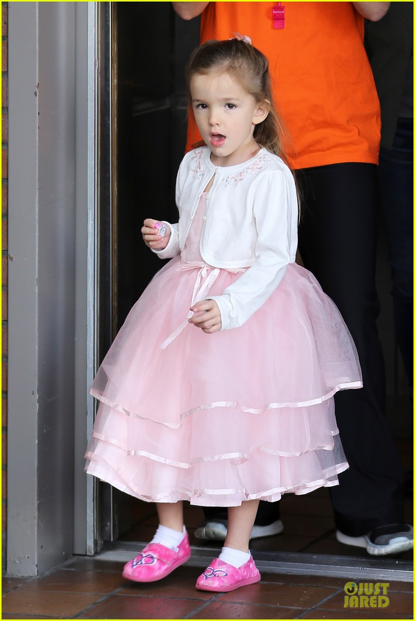 jennifer garner & ben affleck happy 4th birthday seraphina 02