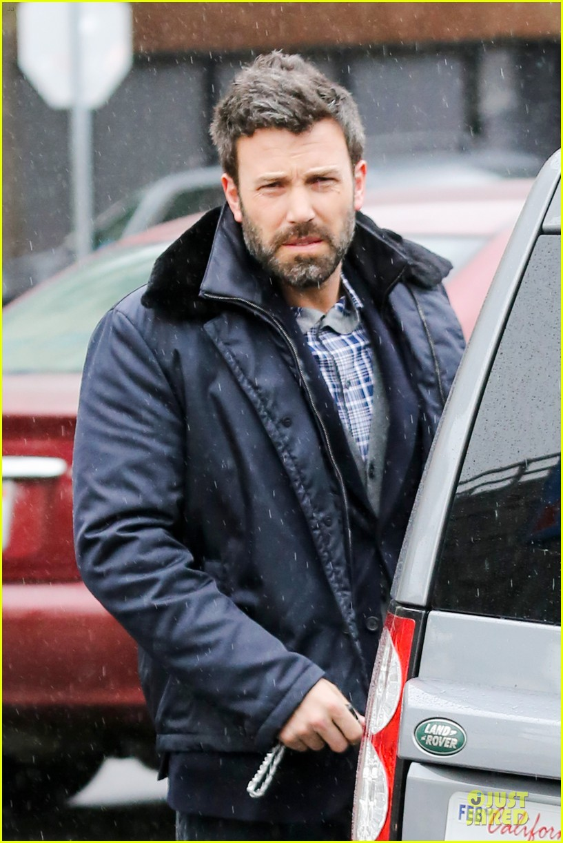 jennifer garner ben affleck rainy karate drop off 12
