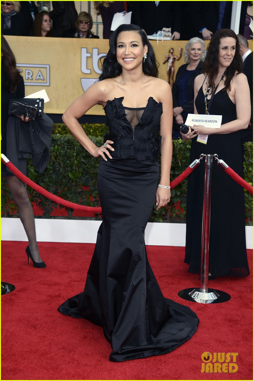 naya rivera jayma mays sag awards carpet 032799832