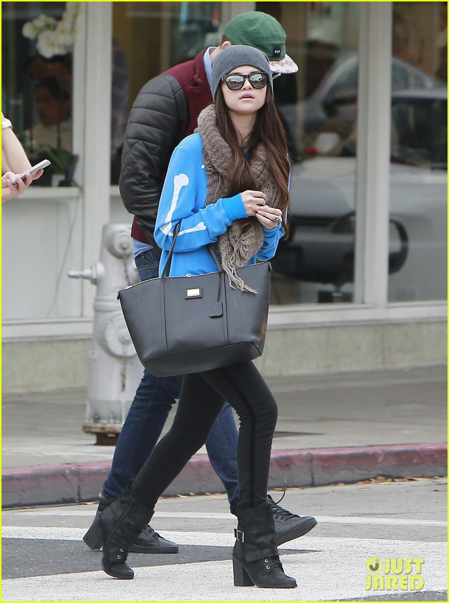 selena gomez wizards returns sets premiere date 152798167
