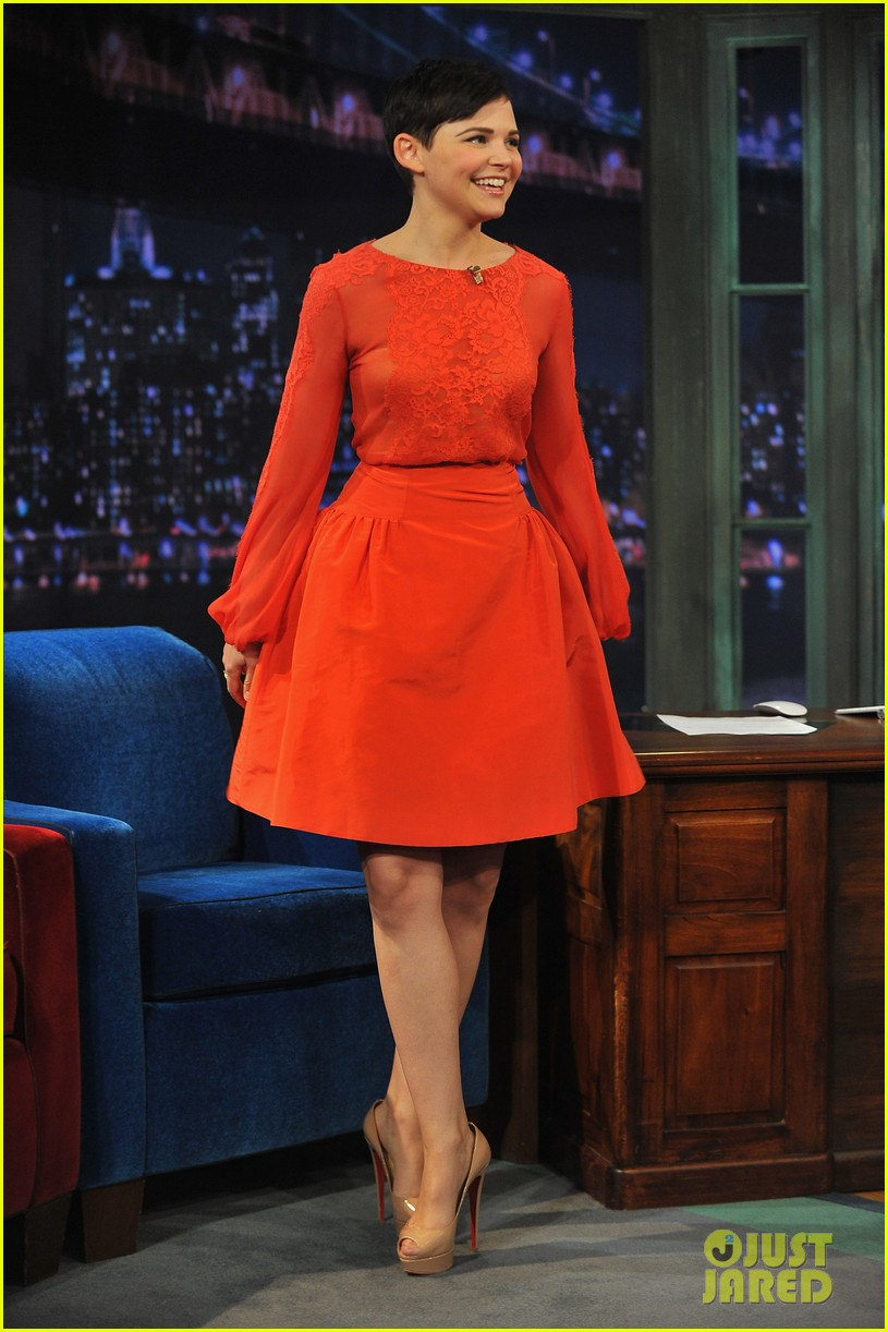 ginnifer goodwin late night with jimmy fallon appearance 102788225