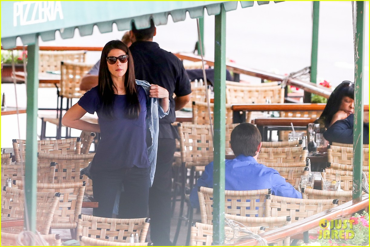 ashley greene cafe med cutie 132797893