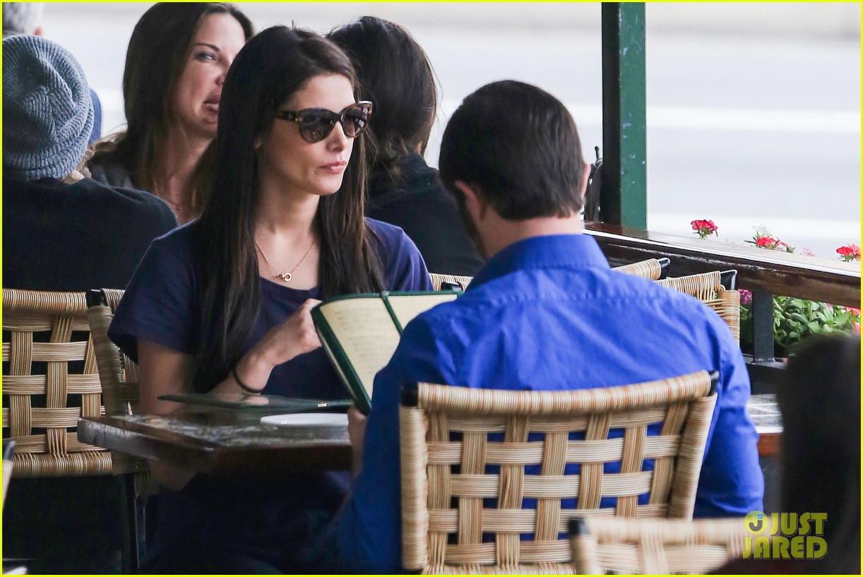 ashley greene cafe med cutie 172797897