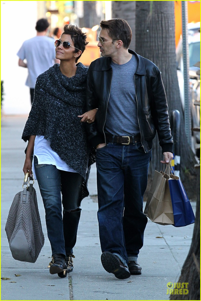 halle berry pushed for more in movie 43 172794429