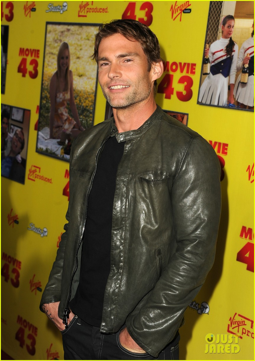 chelsea handler seann william scott movie 43 premiere 05