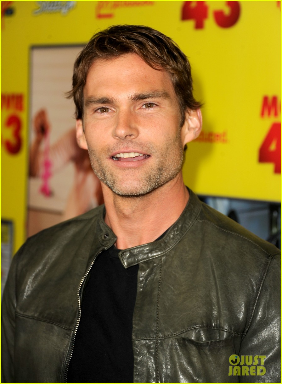 chelsea handler seann william scott movie 43 premiere 102797759