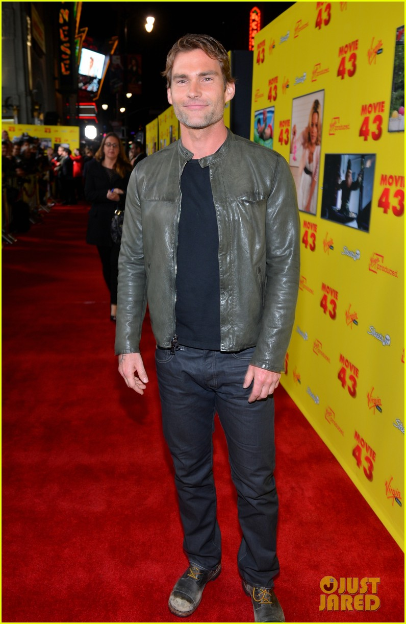chelsea handler seann william scott movie 43 premiere 182797767