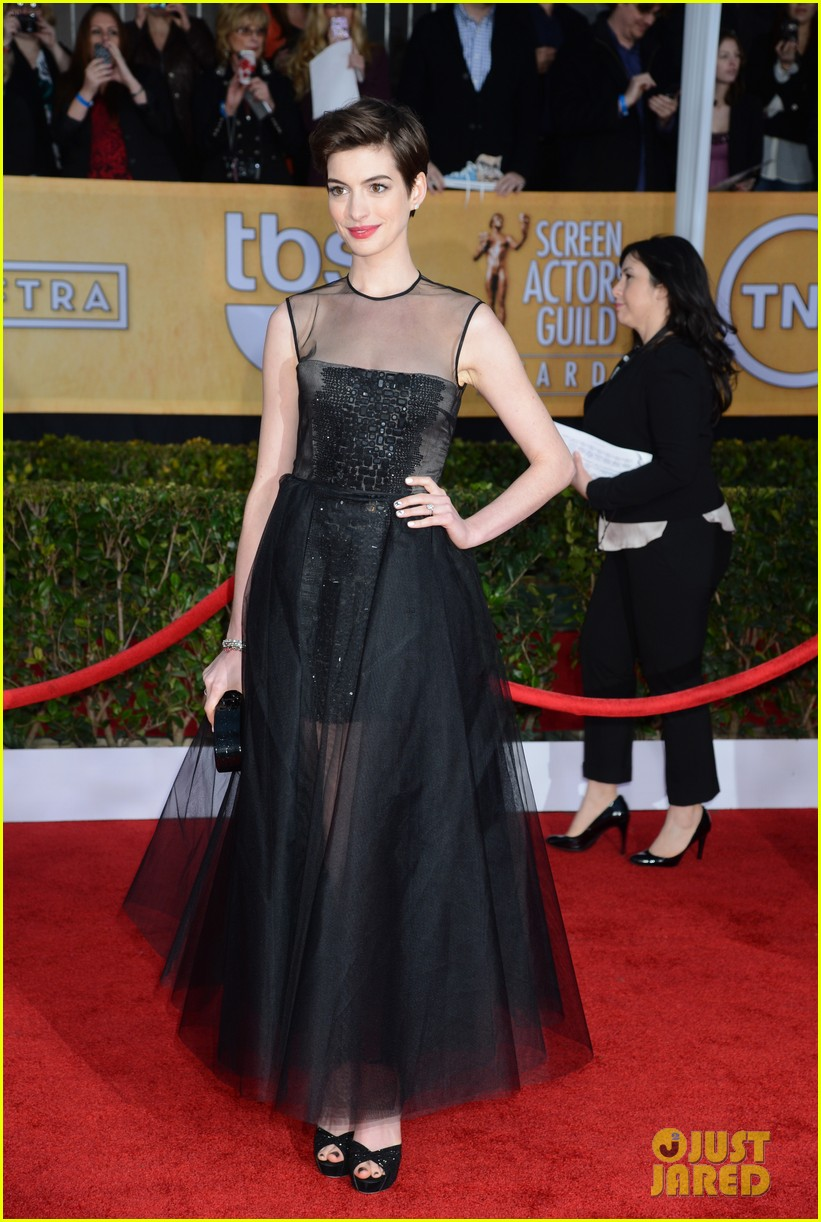 anne hathaway sag awards winner 02