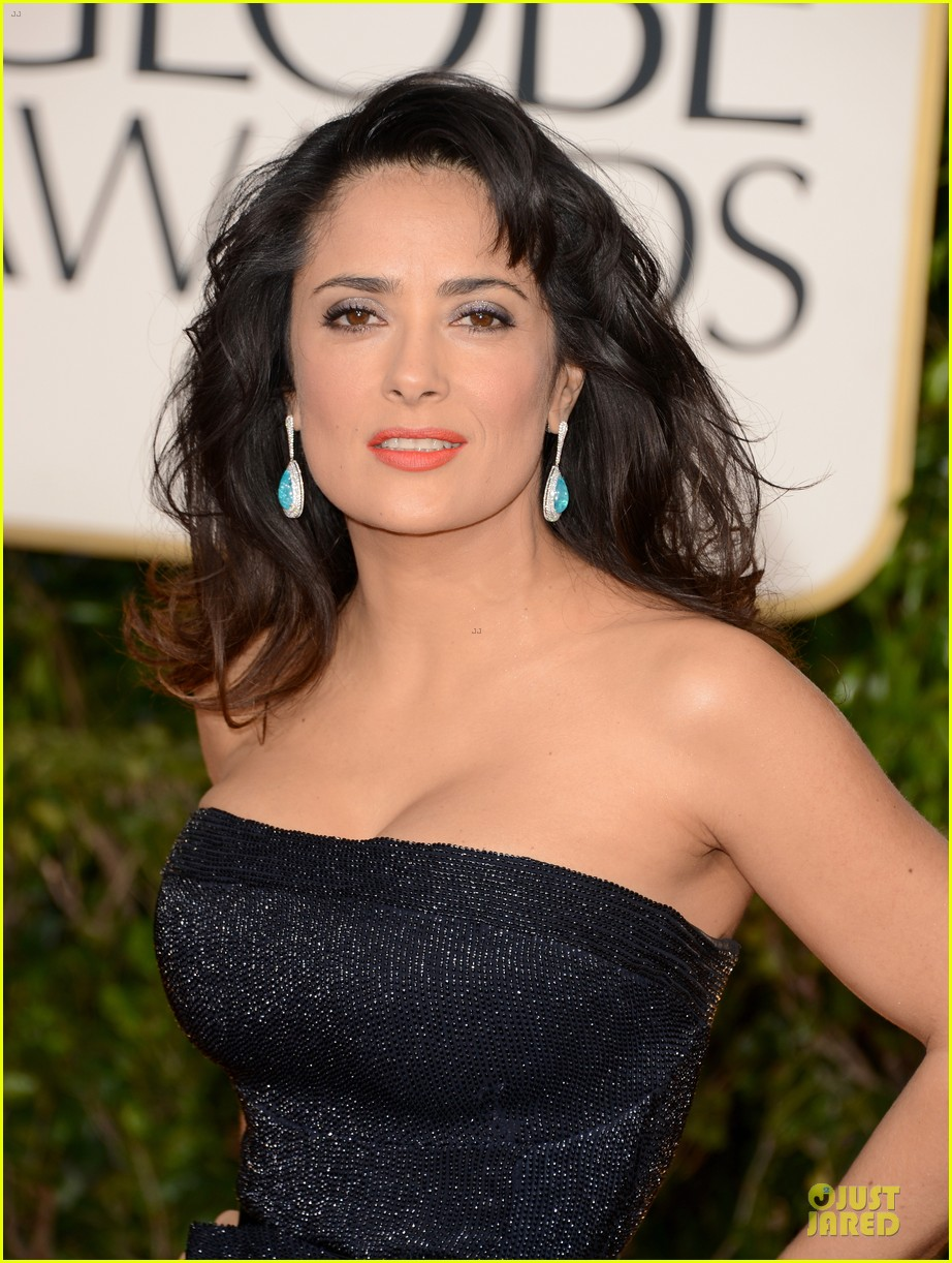 salma hayek golden globes 2013 red carpet 042791249