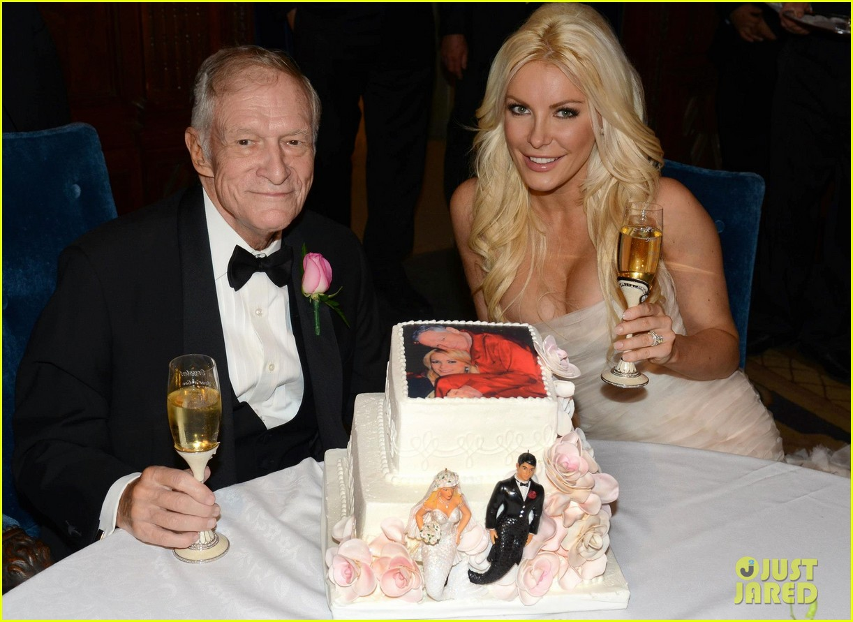 hugh hefner crystal harris wedding pictures revealed 042783197