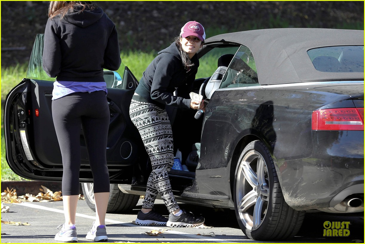 vanessa hudgens studio city hike with stella 162787054