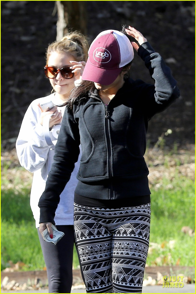 vanessa hudgens studio city hike with stella 202787058